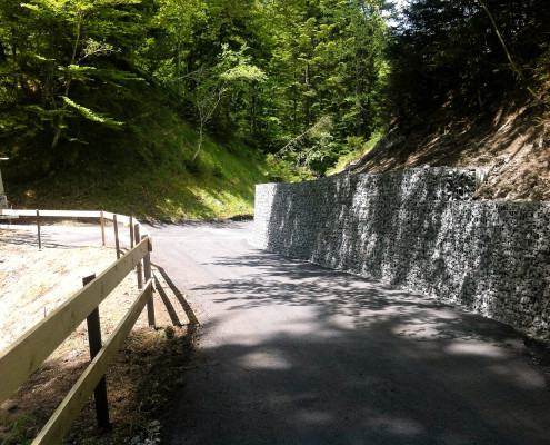 Steinkörbe Valderaweg