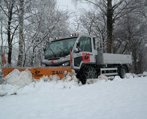 Winterdienst mit Aebi VT 450 Vario